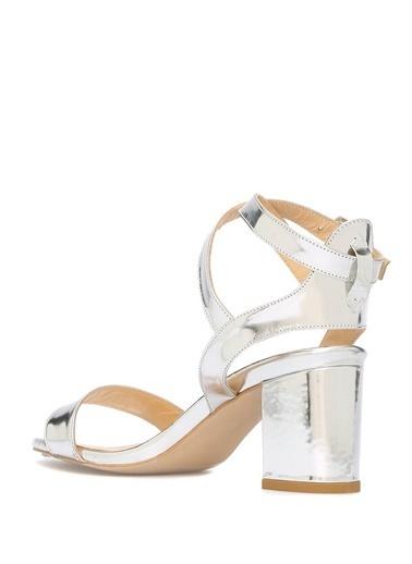 Beymen Club Kalın Topuklu %100 Deri Sandalet Gümüş